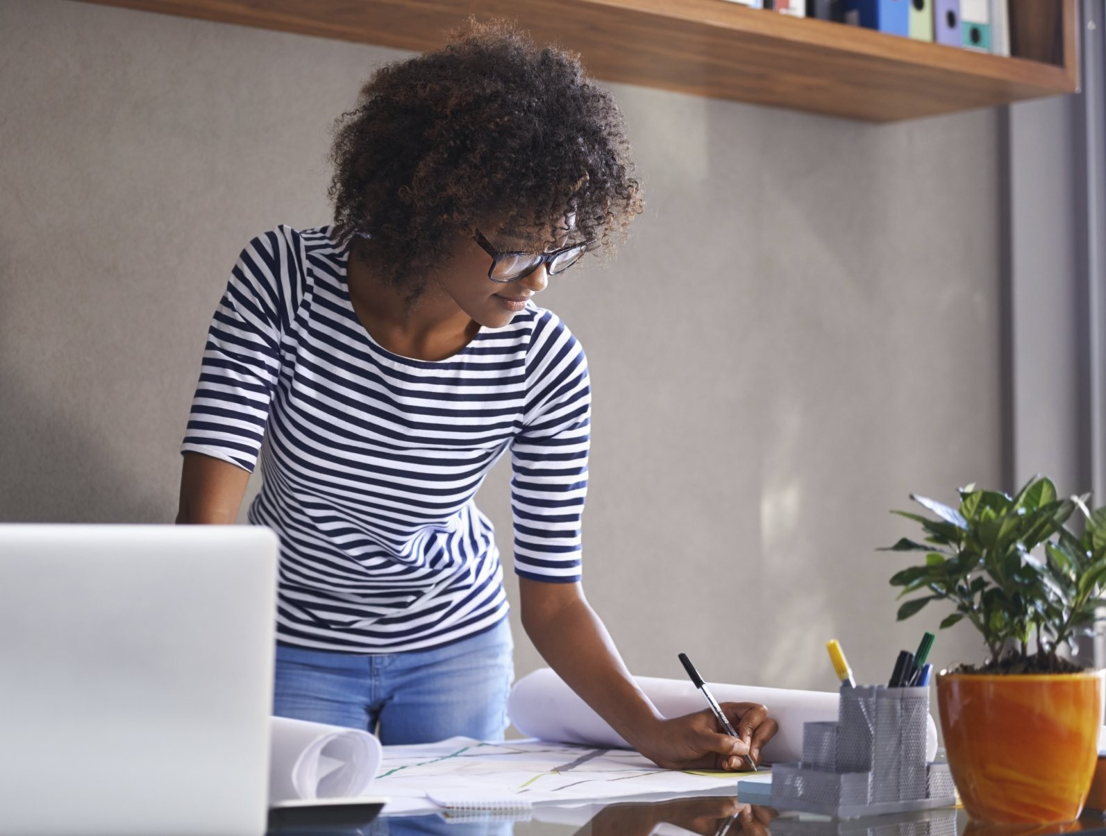Why are more women actively pursuing their career goals?